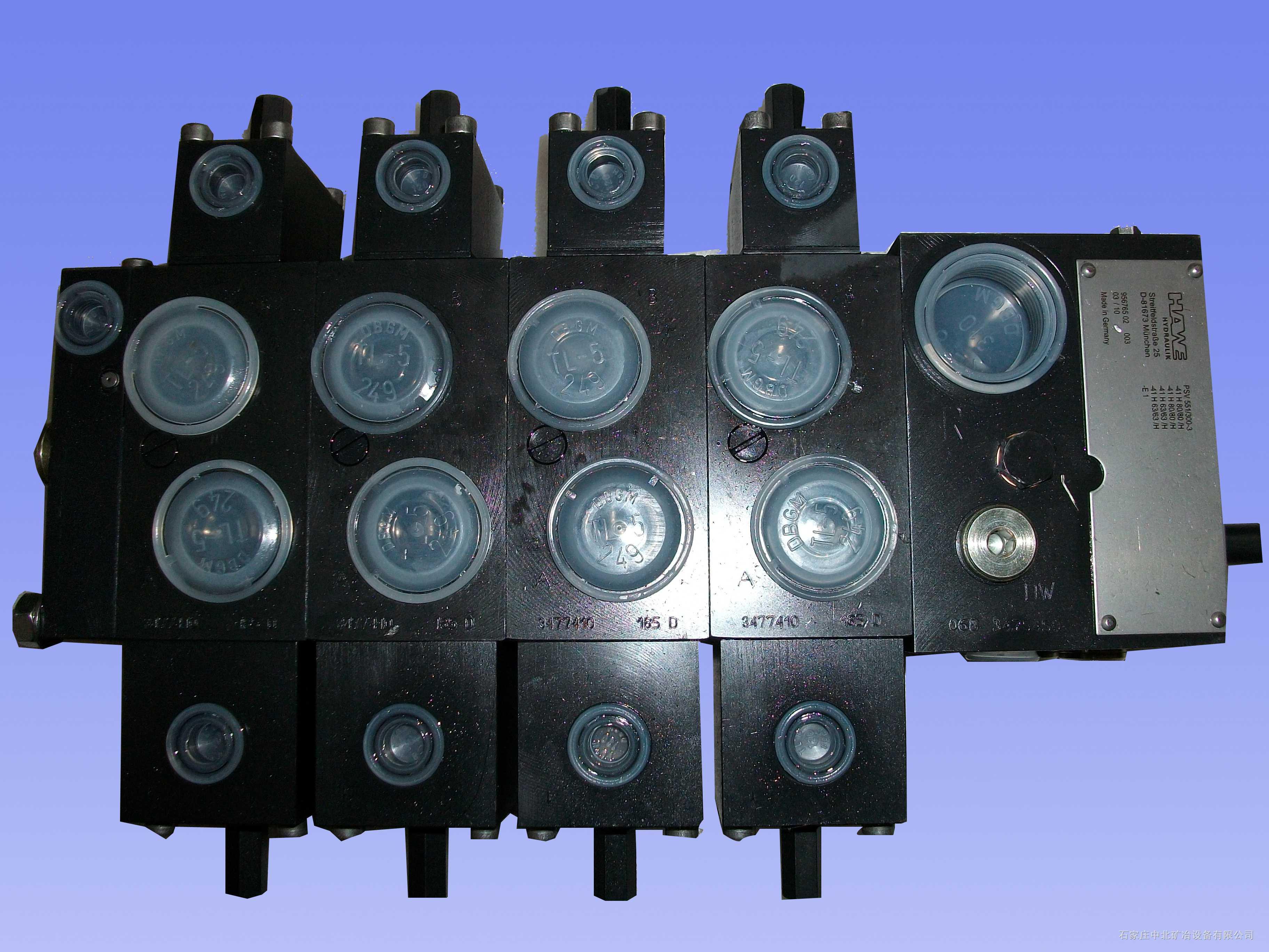 佳木斯煤机公司EBZ200型掘进机用PSV62/220-5-6-E1系列六联多路换向阀