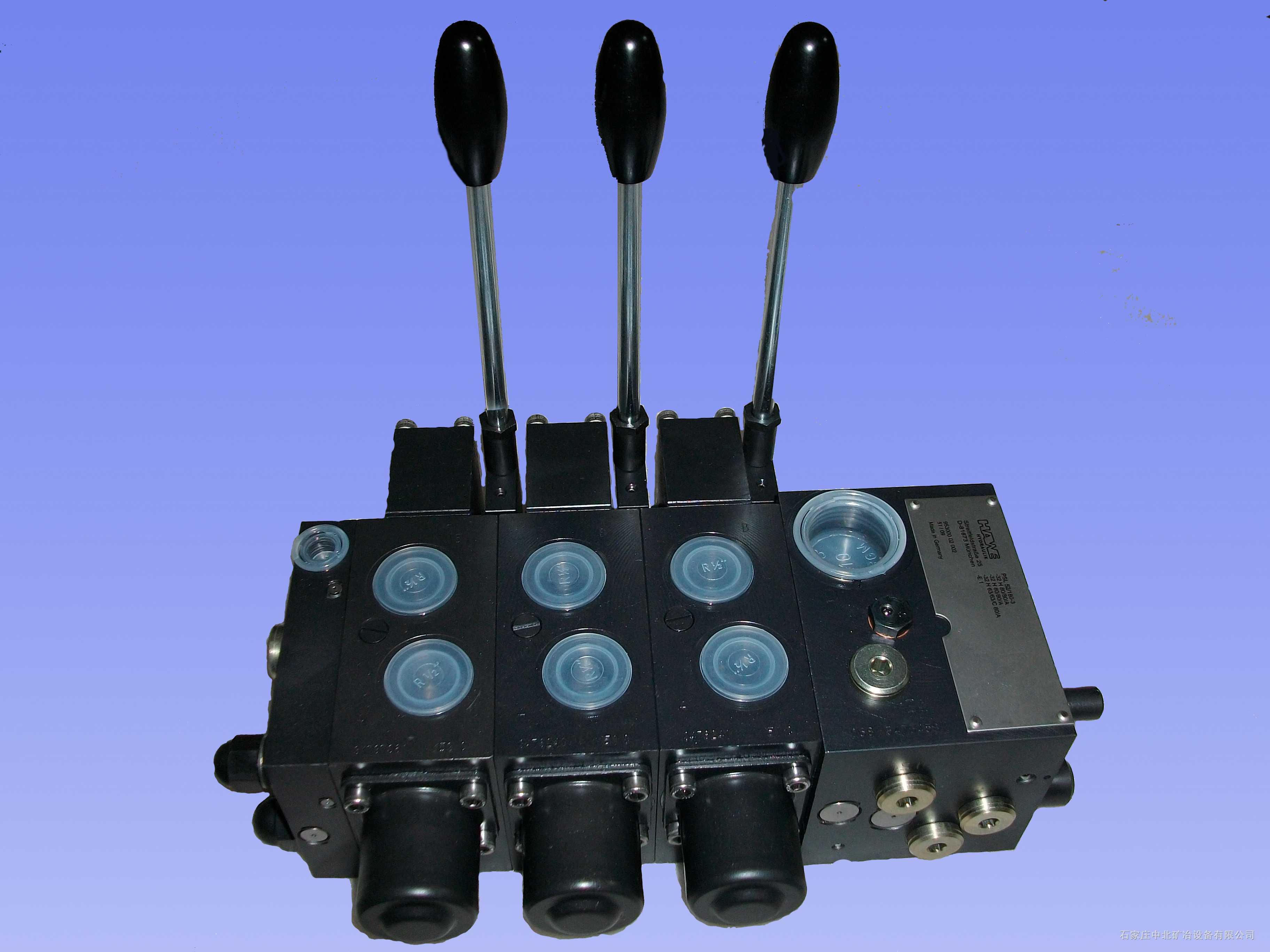 石家庄煤机厂EBZ200型掘进机用PSV55/210-3-3-E4德国哈威HAWEI三联多路换向阀